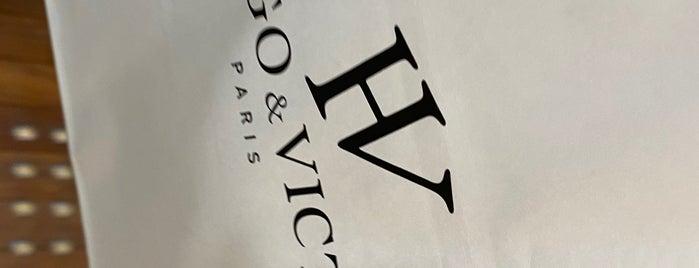 Hugo & Victor is one of Posti che sono piaciuti a モリチャン.