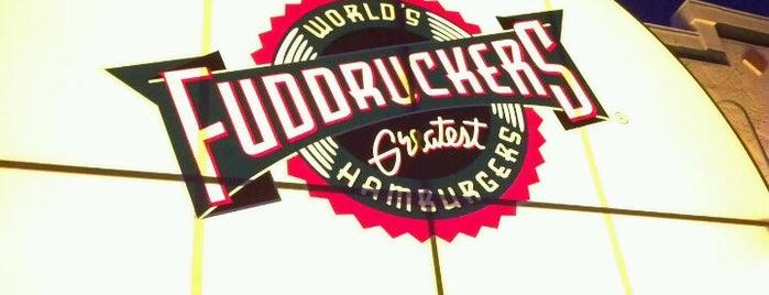 Fuddruckers is one of Orte, die Alejandro gefallen.