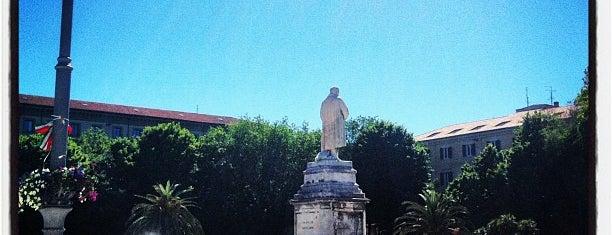 Piazza Camillo Benso Cavour is one of Posti che sono piaciuti a Anna.