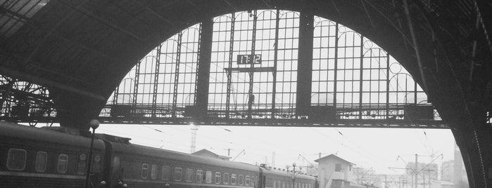 Залізничний вокзал «Львів-Головний» is one of Yuliiaさんのお気に入りスポット.