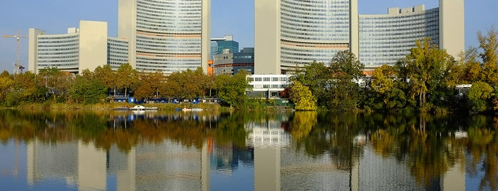 United Nations Office at Vienna (UNOV) is one of Austria #4sq365at Oans (One).