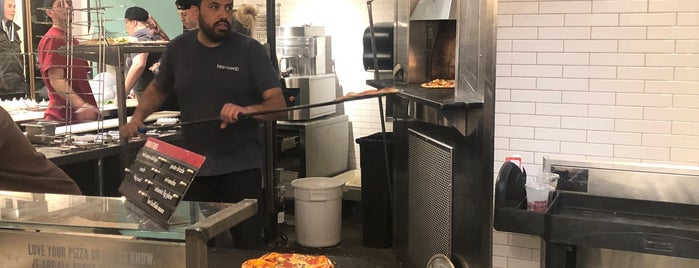 MOD Pizza is one of Orte, die Drew gefallen.