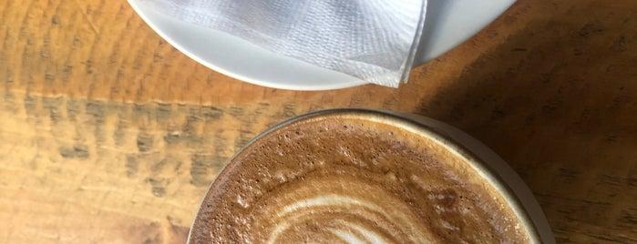 Page One Cafe is one of Amaya'nın Beğendiği Mekanlar.