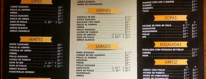 El Meneo Caribeño Restaurant is one of Tempat yang Disukai Andrew.