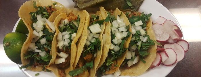 Same Burrito 9ine Mexican Restaurant is one of Lugares favoritos de Andrew.