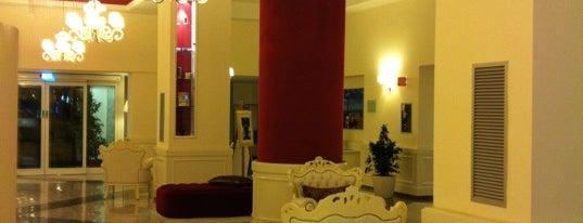 iH Hotels Bari Oriente is one of Tempat yang Disukai Jonell.