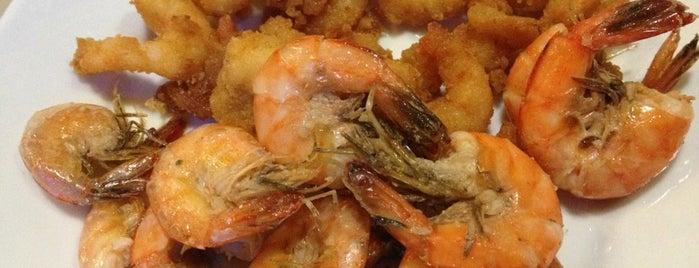 Cannes Frutos do Mar Restaurante is one of clássicos~POA.