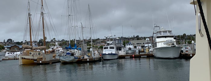 Point Loma Marina is one of Lugares favoritos de Robert.
