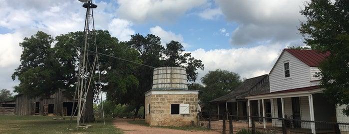 Sauer-Beckman Living History Farm is one of Lieux qui ont plu à Doug.