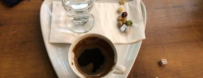 Kahve Deryası is one of Tempat yang Disukai Mesut.