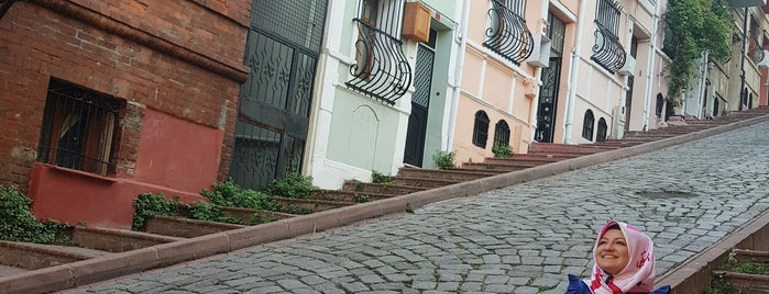 Balat Kadraj is one of Istanbul.