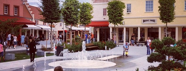 The Style Outlets is one of Lugares guardados de Fayza.
