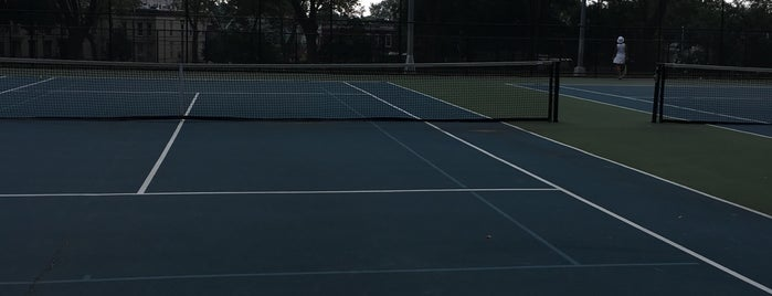 Highland Park Tennis Courts is one of IN TOWN.