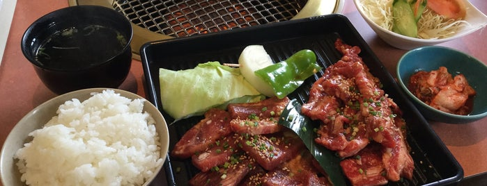 焼肉 福寿園 is one of Posti che sono piaciuti a Hide.