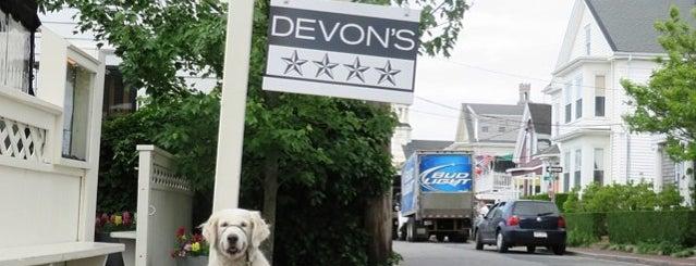Devon's is one of Lauren : понравившиеся места.