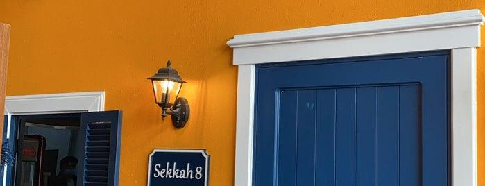 Sekkah 8 is one of สถานที่ที่ Lina ถูกใจ.