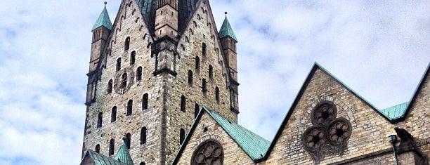 Dom St. Maria, St. Liborius und St. Kilian is one of Kathedralkirchen.