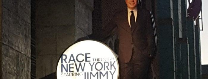 Race Through New York Starring Jimmy Fallon is one of Tempat yang Disukai Jennifer.