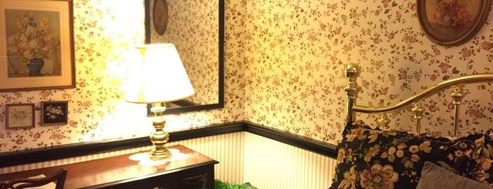 The Globe Inn is one of Tyler'in Beğendiği Mekanlar.