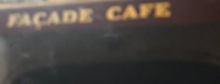 Facade Cafe is one of Lieux qui ont plu à Vicente.