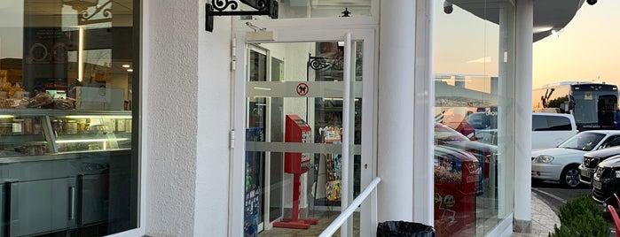 Restaurante 6 Hermanos is one of Orte, die Miguel Angel gefallen.