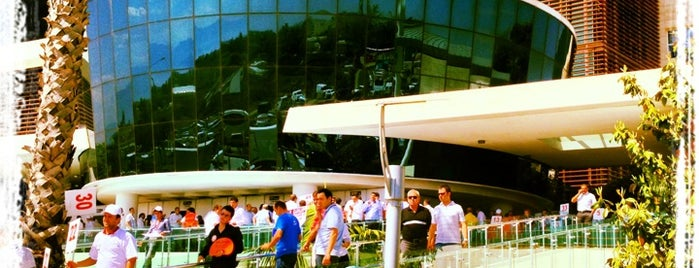 Antalya Ticaret ve Sanayi Odası is one of Muzafferさんのお気に入りスポット.