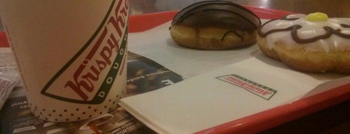 Krispy Kreme is one of Locais curtidos por Emrah.