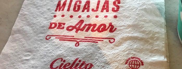 Cielito Querido Café is one of Locais curtidos por Daniel.
