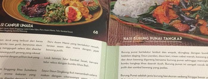 Kedai Makan Lumpang Emas is one of Posti che sono piaciuti a ZRezhia.