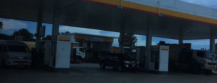 ปั๊ม Shell @ตลาดเก่า is one of Lugares favoritos de Paolo.