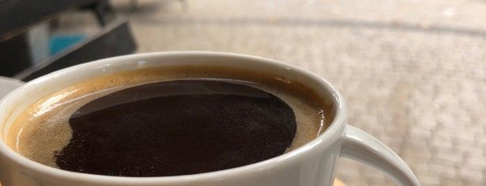 Cofyrup Coffee Shop is one of Semi.