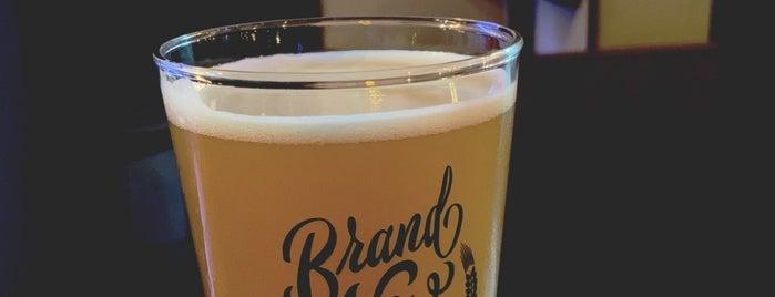 Brand New Beer is one of Gespeicherte Orte von Patrícia.