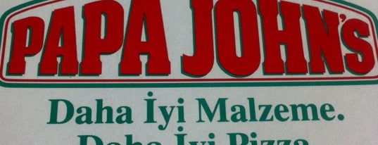 Papa John's Pizza is one of Tempat yang Disukai Cem.