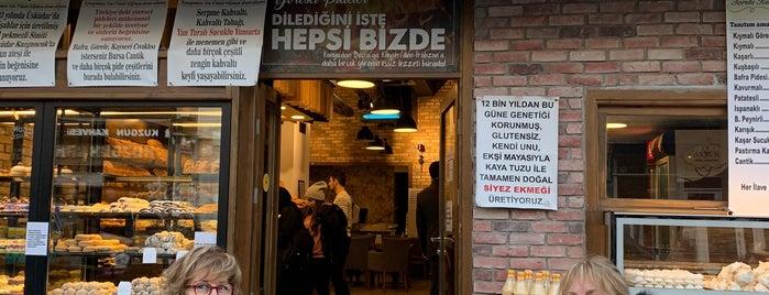 Tarihi Kuzguncuk Fırını is one of Lieux qui ont plu à bulem.