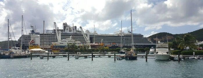 Crown Bay Marina is one of Lugares favoritos de Jim.
