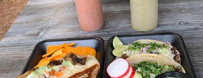 Tacos Culichi is one of Lugares favoritos de Max.