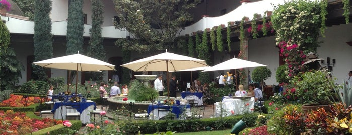 San Angel Inn is one of Restaurantes en el DF.