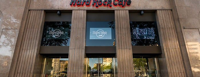 Hard Rock Cafe Barcelona is one of Barcelona -: Places Worth Going To!.