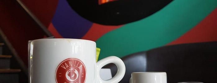 Vanilla Caffè is one of Carolさんのお気に入りスポット.
