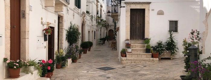 Centro Storico di Locorotondo is one of Puglia.