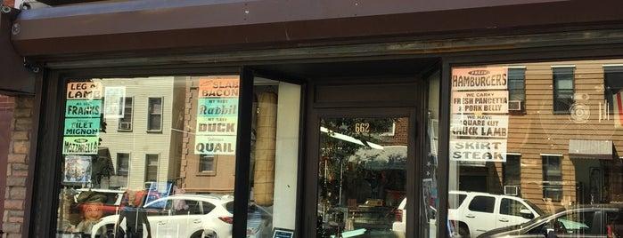 Mario & Son's Meat Market is one of Conrad'ın Kaydettiği Mekanlar.