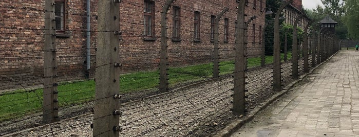 Auschwitz I - Former Concentration Camp is one of Posti che sono piaciuti a Mike.