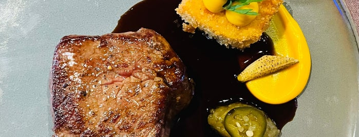 Chef's & Butcher's is one of Essen.