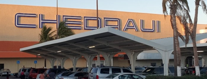 Chedraui is one of Cabo Groceries.