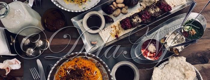 Hestooran Restaurant | رستوران حستوران is one of Favorites.