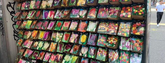 Bloemenmarkt is one of Posti che sono piaciuti a Kalle.