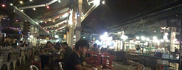 St James Temp Hawker is one of Favourite Singapore Food Places.
