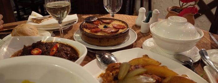 Restaurante Litoral 海灣餐廳 is one of Hugo 님이 저장한 장소.