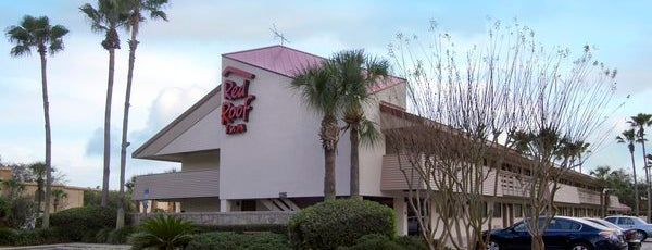 Red Roof Inn Orlando Convention Center is one of Tempat yang Disukai Fabio Henrique.