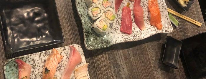 Amami Shima Sushi is one of Tempat yang Disukai Ray.